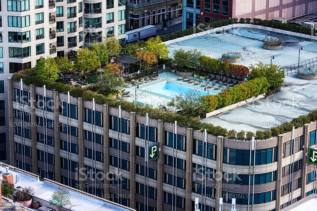 Swimming Pool On Top Of A Parking Garage Downtown Chicago Stock Photo More Pictures Of 2015