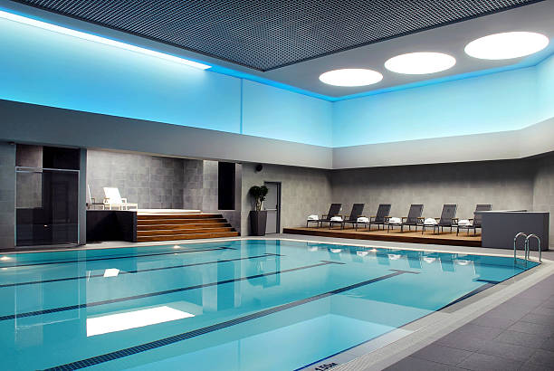 piscina (clique para mais) - comodidades para lazer - fotografias e filmes do acervo
