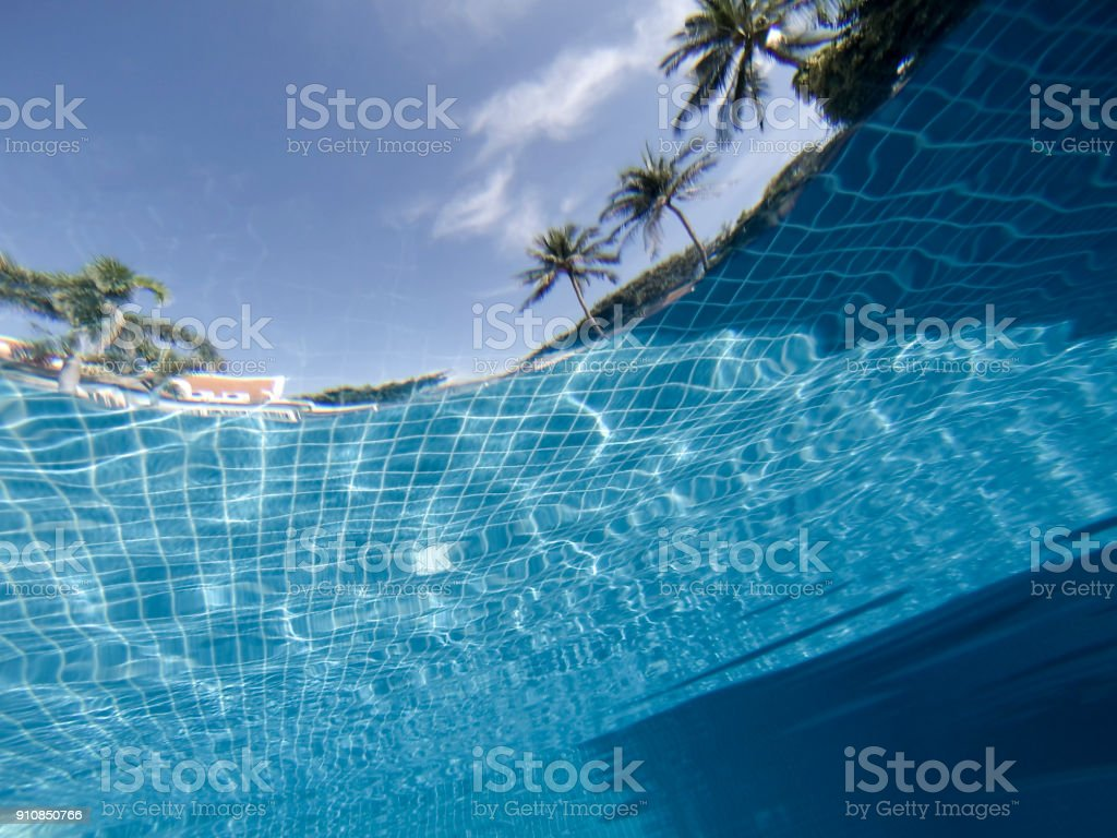 Schwimmbad Unterwasser im Beach Resort, Koh Samui, Thailand – Foto