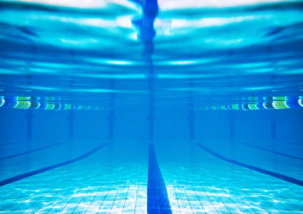 piscina subaquática - comodidades para lazer - fotografias e filmes do acervo