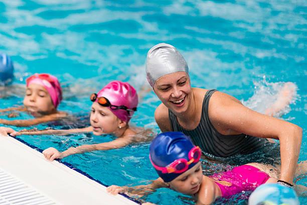 Escuela de natación - foto de stock
