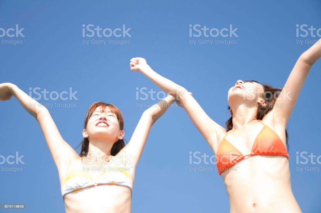 2 泳裝婦女推遲 免版稅 stock photo