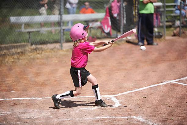 swing massa - softbol esporte - fotografias e filmes do acervo
