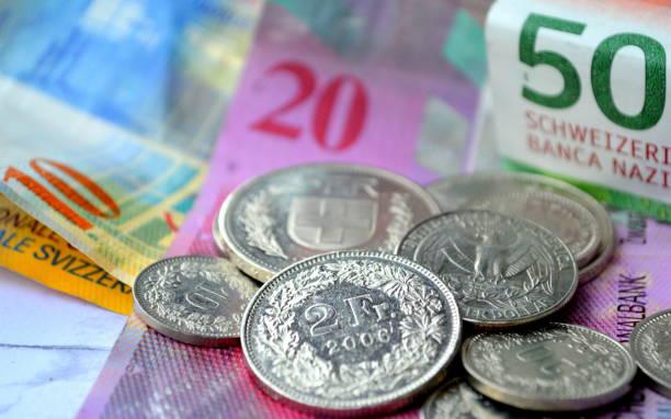 zwitserse munt - franken stockfoto's en -beelden