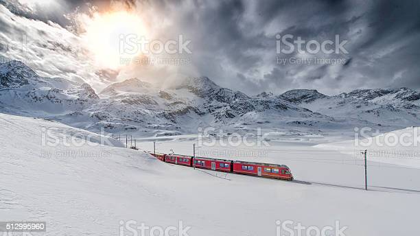 Swiss mountain train bernina express crossed through the high mo picture id512995960?b=1&k=6&m=512995960&s=612x612&h=zaha1mjc78b3lazbwsjjcji5uhsjris2 oto1q9mrts=