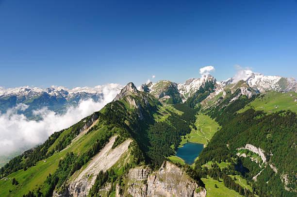 Schweizer Gebirge – Foto