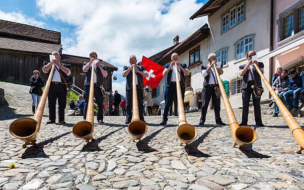Schweizer Musiker auf den cheese festival in Gruyère-Käse – Foto