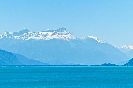 Suisse - Lac leman, neige, paysage