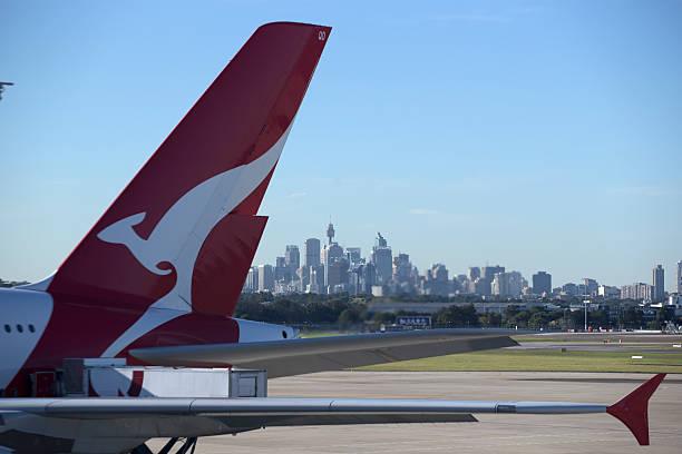 aeroporto di sydney - qantas foto e immagini stock