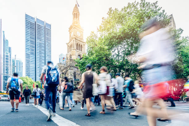 Sydney Innenstadt, Straße mit Schar Menschen, Touristen und Ausflügler – Foto