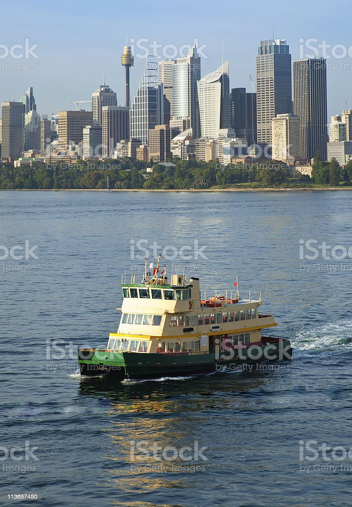 Sydney Harbor Ferry arriving at Cremorne point royalty-free stock photo