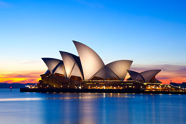 Royalty free sydney opera house pictures images and stock for Sydney opera housse