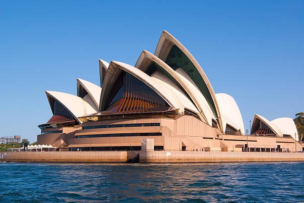 sydney opera house picture id458955437?k=6&m=458955437&s=612x612&w=0&h=xKeLivk8V5cjk5OTlyLUHR7JC1ab9vhTUiGu Vlh12M= - Get Where To Take Photos Of Sydney Opera House Background
