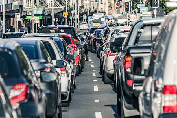 sydney rush stunde hauptstraße der stillstand - zweispurige strecke stock-fotos und bilder