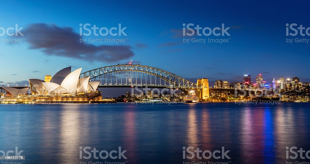 Sydney Skyline bei Nacht – Foto