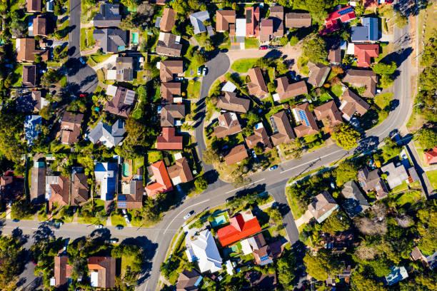 sydney suburb overhead perspective roof tops - suburbs zdjęcia i obrazy z banku zdjęć
