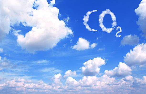 symbol co2 von wolken - was ist co2 stock-fotos und bilder