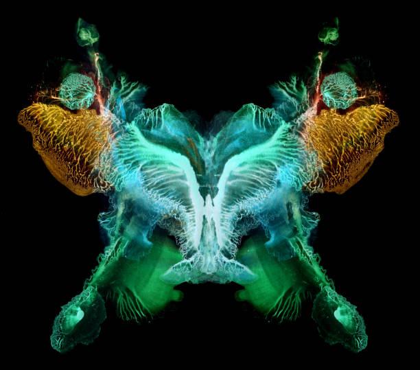 Symmetrical painted butterfly pattern picture id1010463990?b=1&k=6&m=1010463990&s=612x612&w=0&h=y6qkvpr w24ztlsobnw9ufiu46r8me duij8vdggmya=
