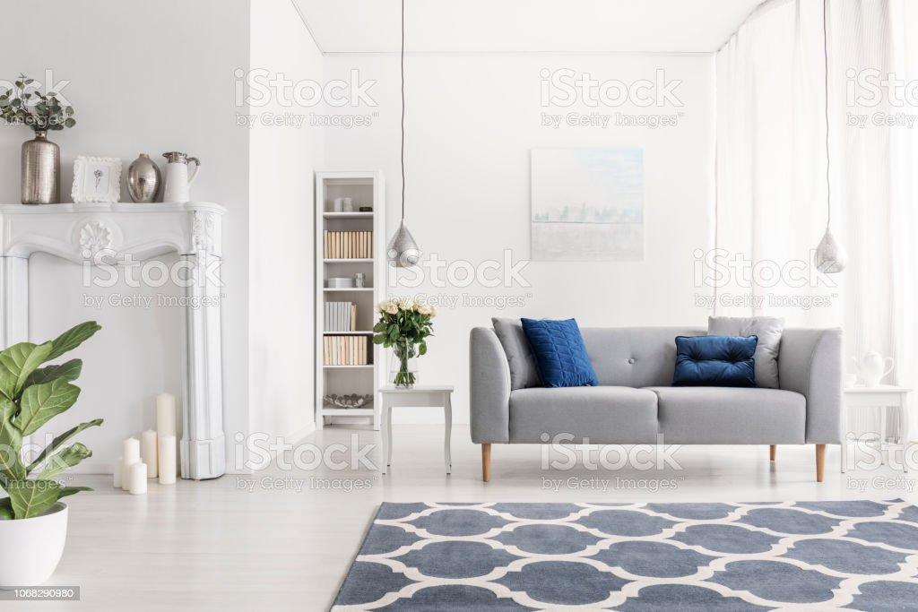 Symmetrie Im Design Des Luxus New York Stil Wohnzimmer Mit ...