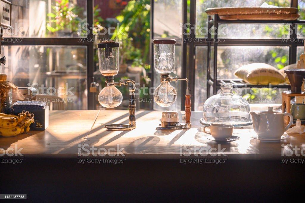 Syphon coffee maker on the table good arrange