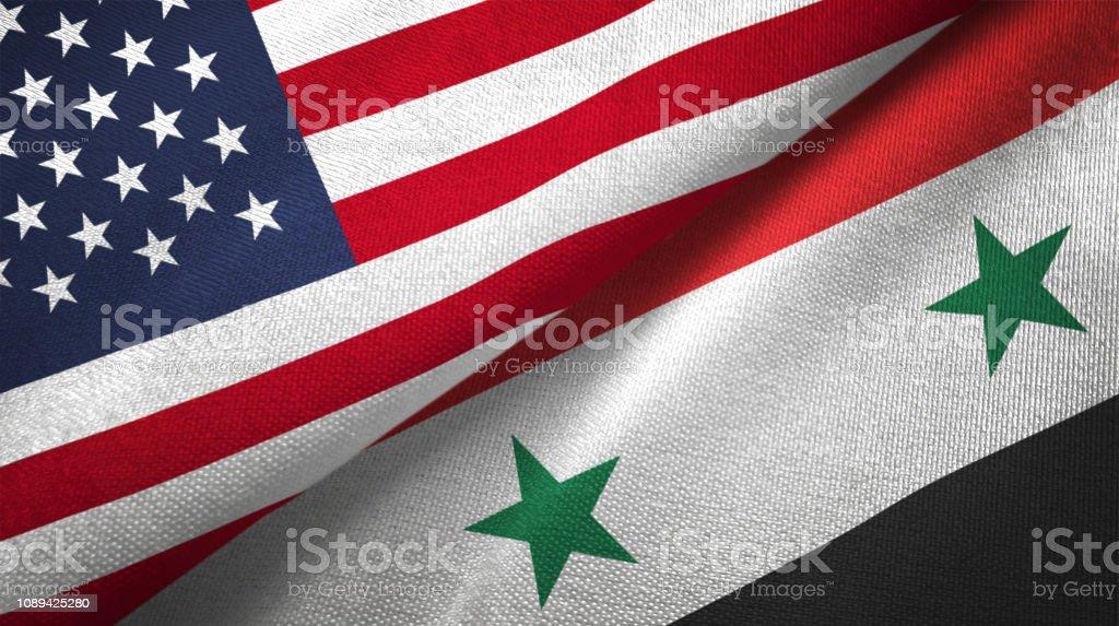 Siria Siria y Estados Unidos dos banderas juntos relaciones textil tela textura de la tela - foto de stock