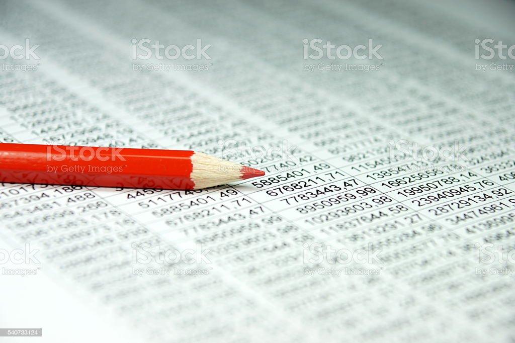 Tabellenkalkulation und ein Stift stock photo