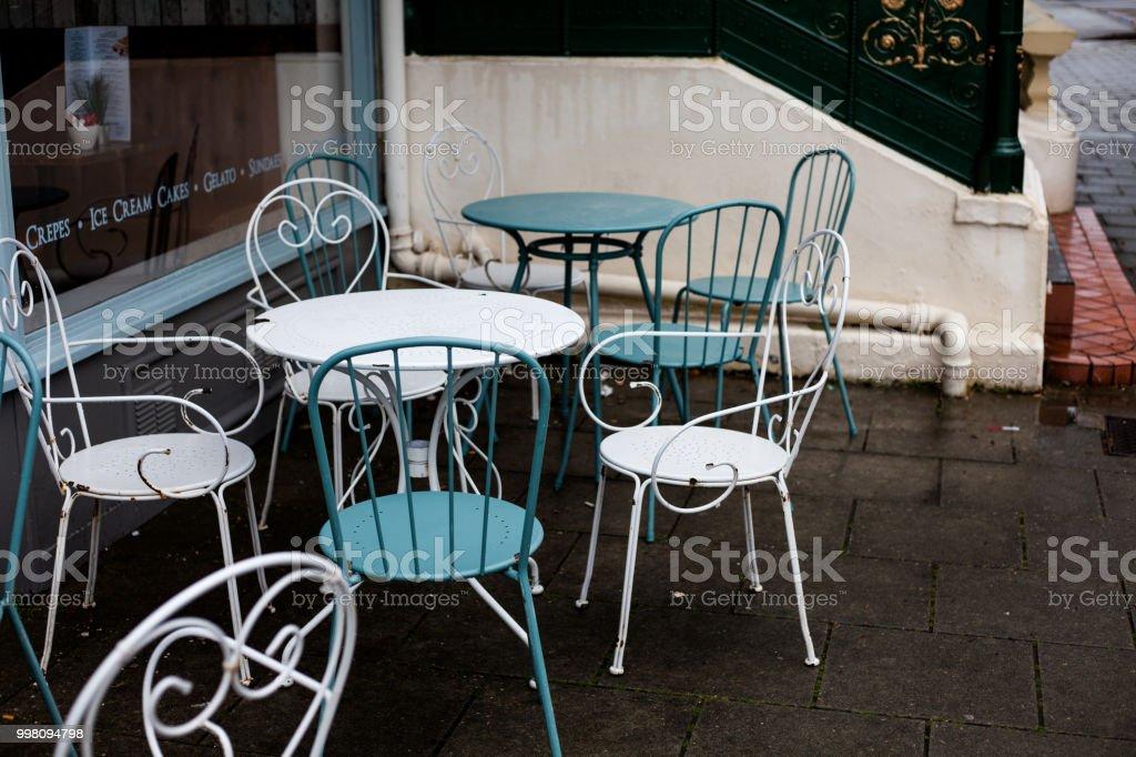 Photo libre de droit de Table Et Chaise Pour Dîner Salle À ...