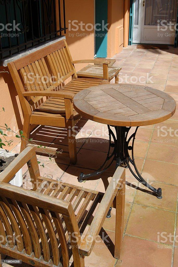 Nizza Provence Tisch Stühle In Und Auf Der Terrasse 8nwm0N