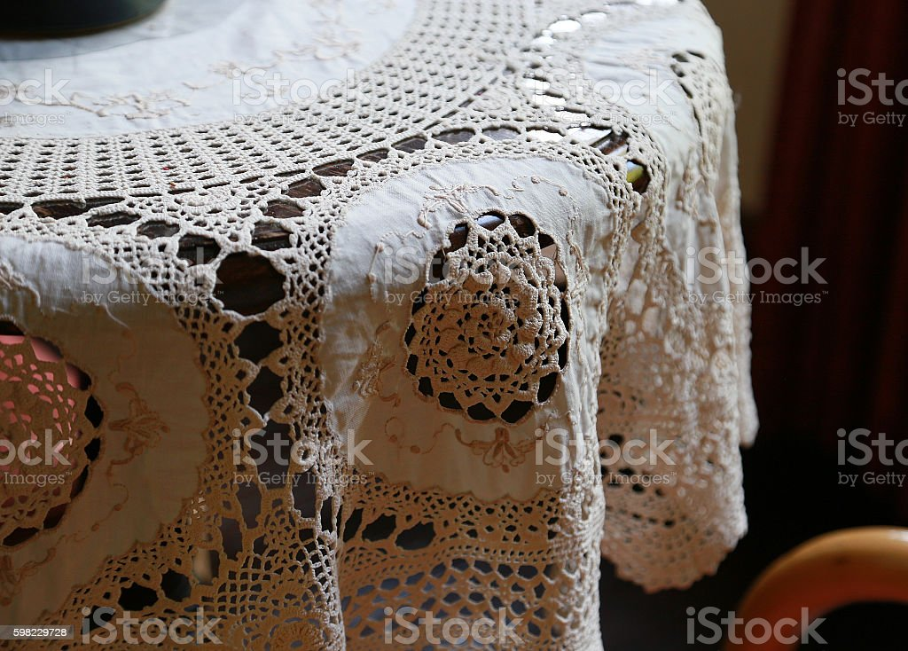 table and lacework foto royalty-free
