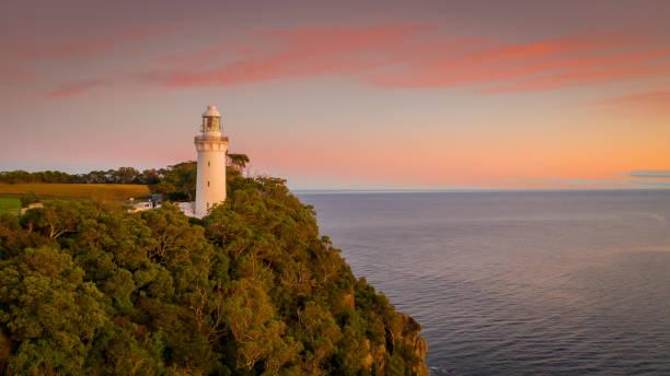 Table Cape Lighthouse Tasmania Table Cape Lighthouse Tasmania headland stock pictures, royalty-free photos & images