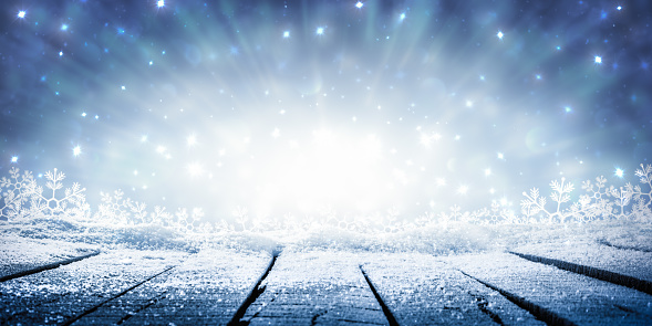 https://media.istockphoto.com/photos/table-display-with-sparkling-snow-and-brilliant-explosion-picture-id1187229454?k=6&m=1187229454&s=170667a&w=0&h=OqWcJYXBjrPacOoWWdhEbiMd1yfc_HGykURHAiJnyRs=