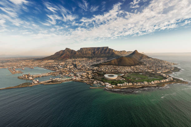 table mountain aerial - table mountain south africa stock pictures, royalty-free photos & images