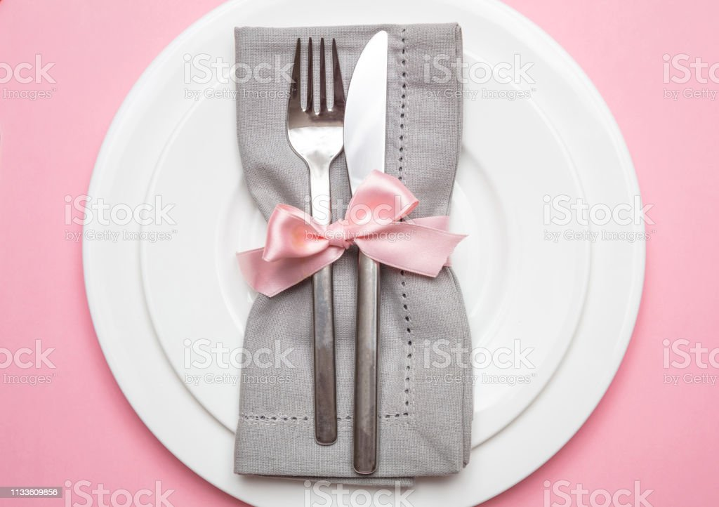 Table Place Setting In Pink Gray Linen Napkin With Ribbon