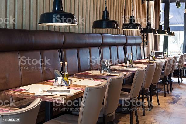 Table set up in restaurant interior picture id492390706?b=1&k=6&m=492390706&s=612x612&h=yftbiqq7alb3j1qcurdx069n9zmpefqvc1jrpqx5lik=