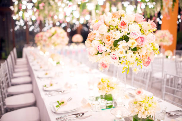 Table setting at a luxury wedding and beautiful flowers on the table picture id670264228?b=1&k=6&m=670264228&s=612x612&w=0&h=zsfhvifgkpqeaywa7l6zdw ucfhnk8ywi srsqznzaw=