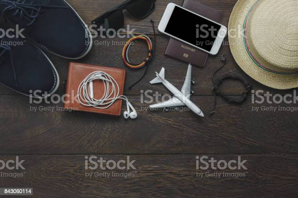 Table top view of essential item gentlemen for travel with technology picture id843060114?b=1&k=6&m=843060114&s=612x612&h=df7didgmksf5v1d8l3 mk7 3cp9tnuykiipnglryizm=