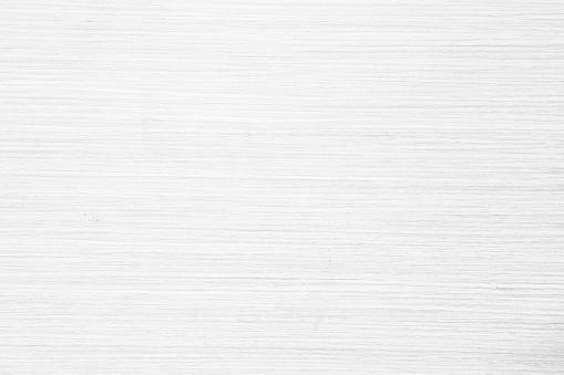 Photo libre de droit de Vue De Dessus De Table De Texture De Bois Dans Le Fond Blanc De Couleur Naturelle De Lumière Gris Propre Grain Plancher En Bois Bouleau Panneau Toile De Fond Avec Planche Plaine Pâle Détail Streak Finition Pour Chic Espace Concept Clair banque d'images et plus d'images libres de droit de Abstrait