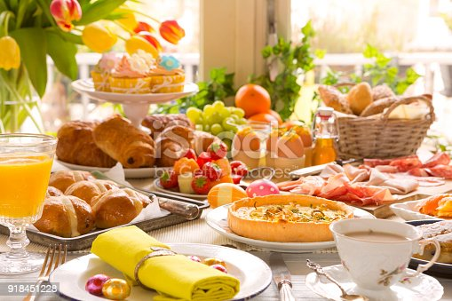istock Table with delicatessen ready for Easter brunch 918451228