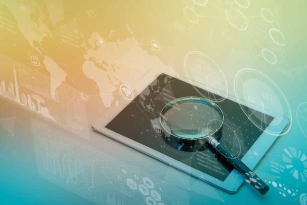 タブレット PC、スマート フォンとガラス、各種情報ビジョン、ICT (情報通信技術) の抽象を拡大 ストックフォト