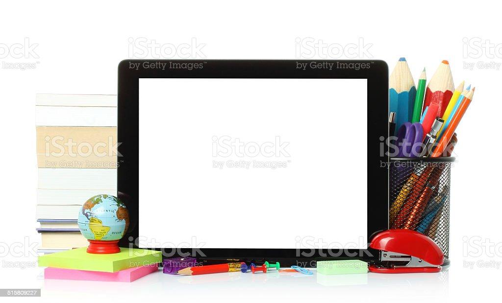 Tablet PC z szkoły materiały biurowe – zdjęcie