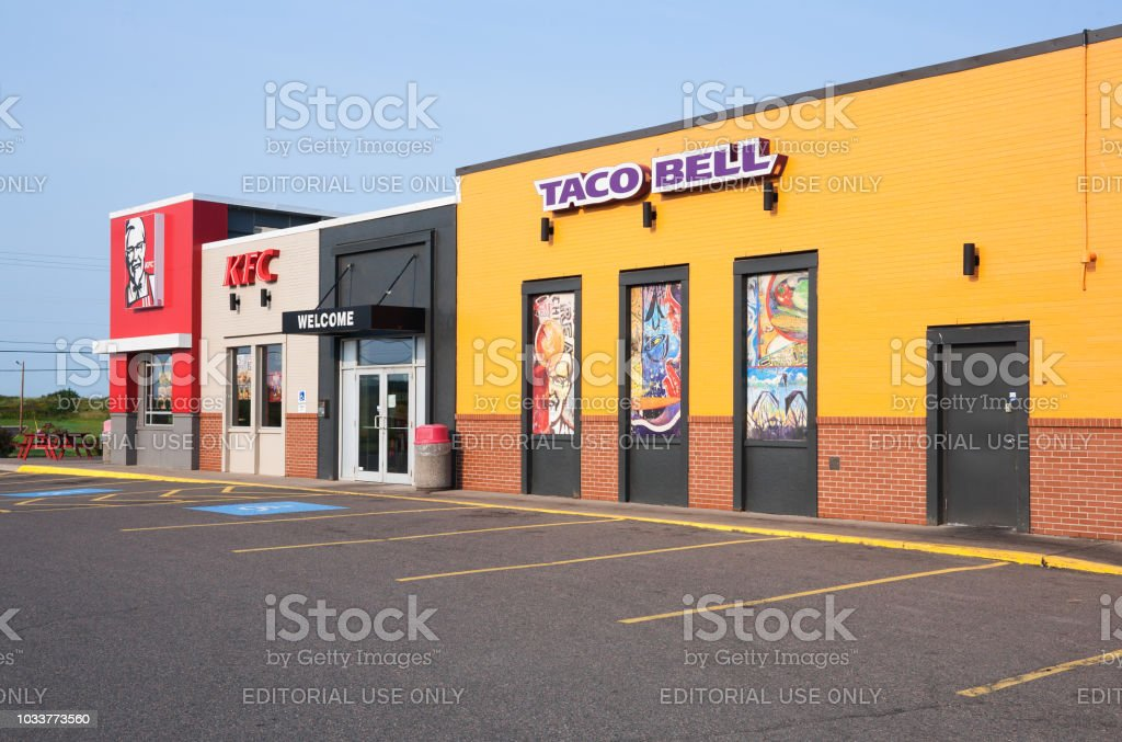 Taco Bell And Kfc Restaurant Stock Photo More Pictures Of American