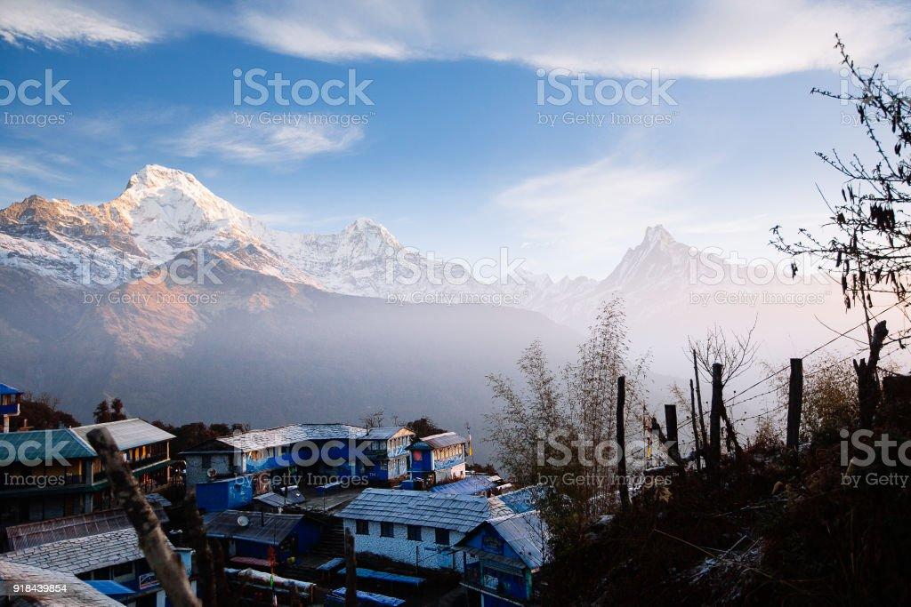 Tadapani Dorf. Annapurna Gebiet Berge im Himalaya Nepal – Foto