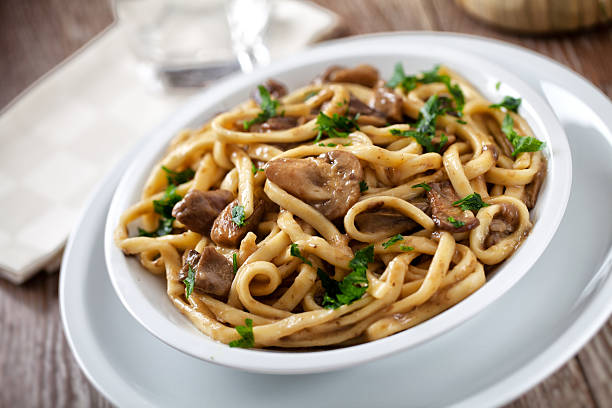 tagliatelle with mushrooms - tagliatelle mushroom bildbanksfoton och bilder