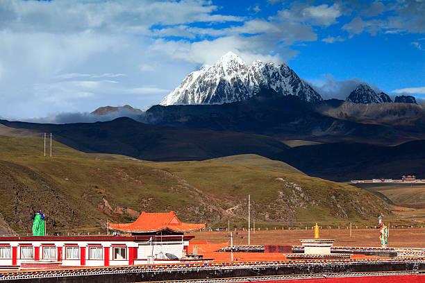 tagong temple - ganzi tibet özerk bölgesi stok fotoğraflar ve resimler