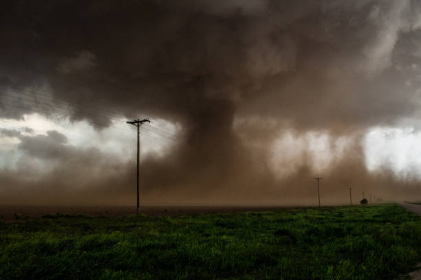 Tahoka, Tx May 5th, 2019 Tornado Intercepted north of Tahoka, Tx. on May 5th, 2019 by storm chaser Jordan Carruthers extreme weather stock pictures, royalty-free photos & images