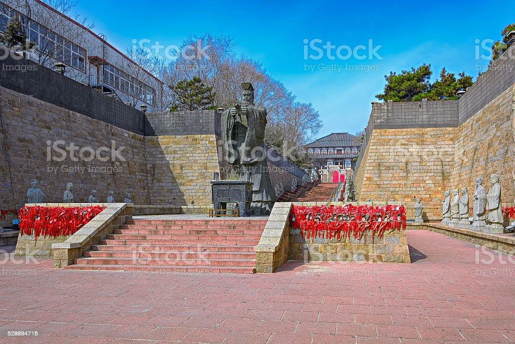 Tai Shih huang ti statue in Qinhuangdao, China stock photo