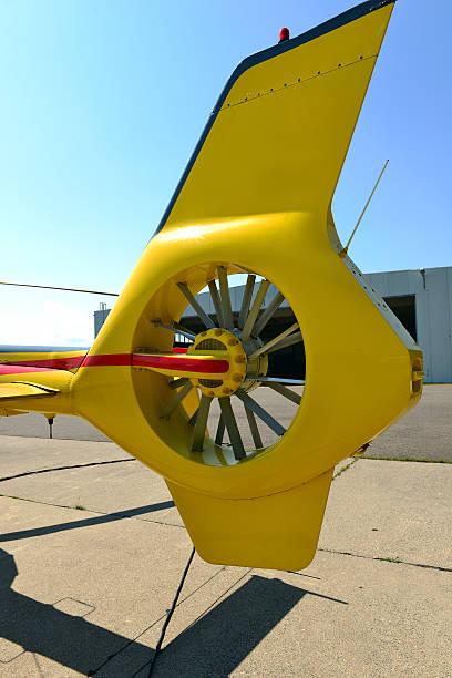 tail of hubschrauber - rudermaschine stock-fotos und bilder