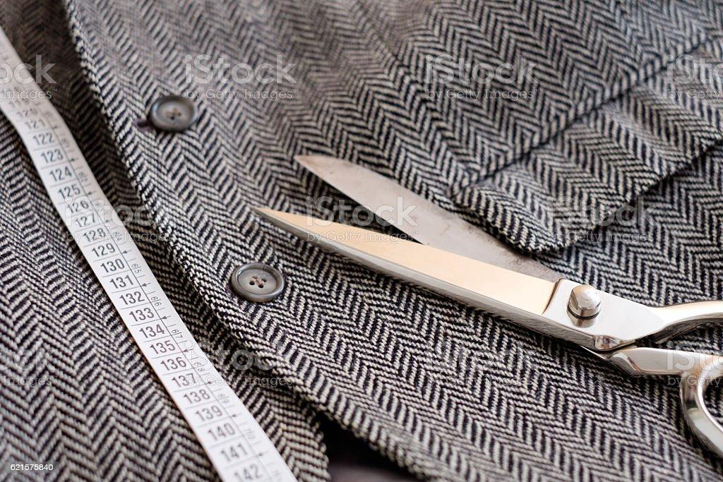 Concevoir des outils seul sur fond de textile photo libre de droits