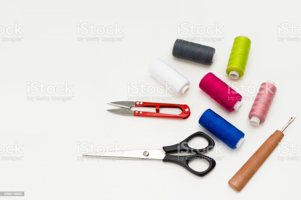 Bureau de tailleur patron de couture accessoires et outils sur la