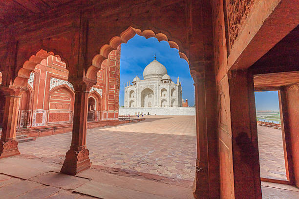 Taj Mahal, Agra, India Taj Mahal agra india Landmark agra stock pictures, royalty-free photos & images